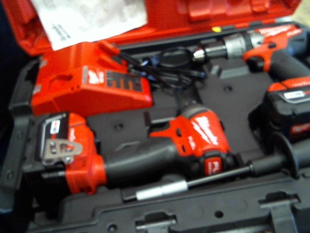MILWAUKEE Combination Tool Set 2757-20