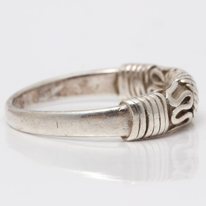 Sterling Silver Twisiting Rope Detail Ring Size 7.75