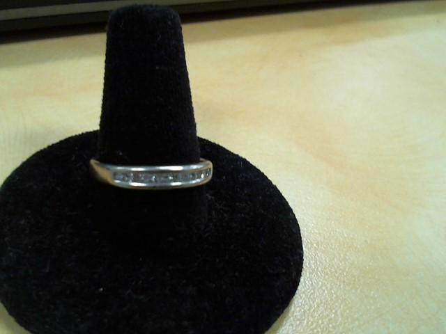 Lady's Diamond Wedding Band 11 Diamonds .22 Carat T.W. 14K Yellow Gold 2.8g