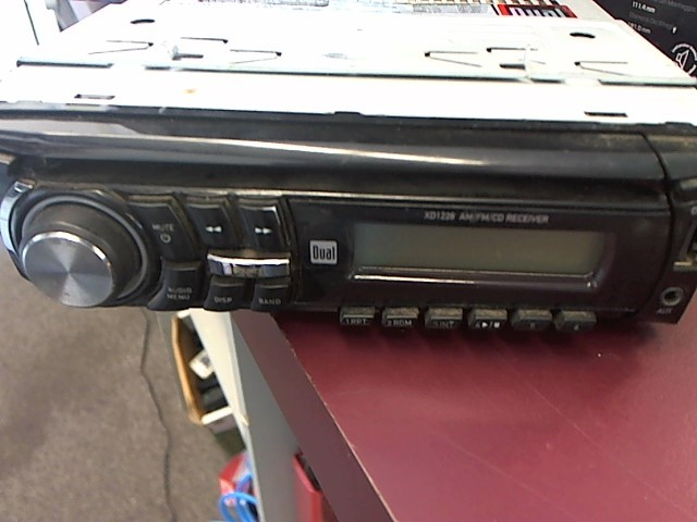 DUAL ELECTRONICS Car Audio XD1228