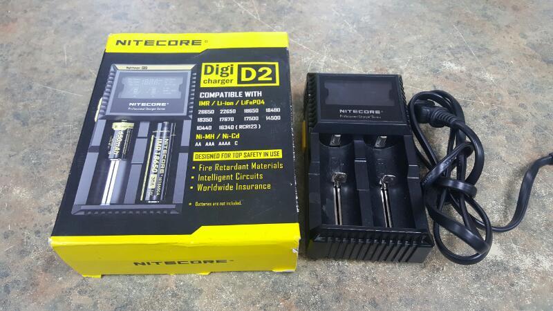 NITECORE Battery/Charger DIGI D2