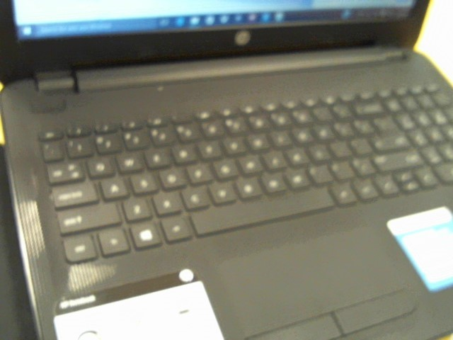 HEWLETT PACKARD Laptop/Netbook 15-AC121DX