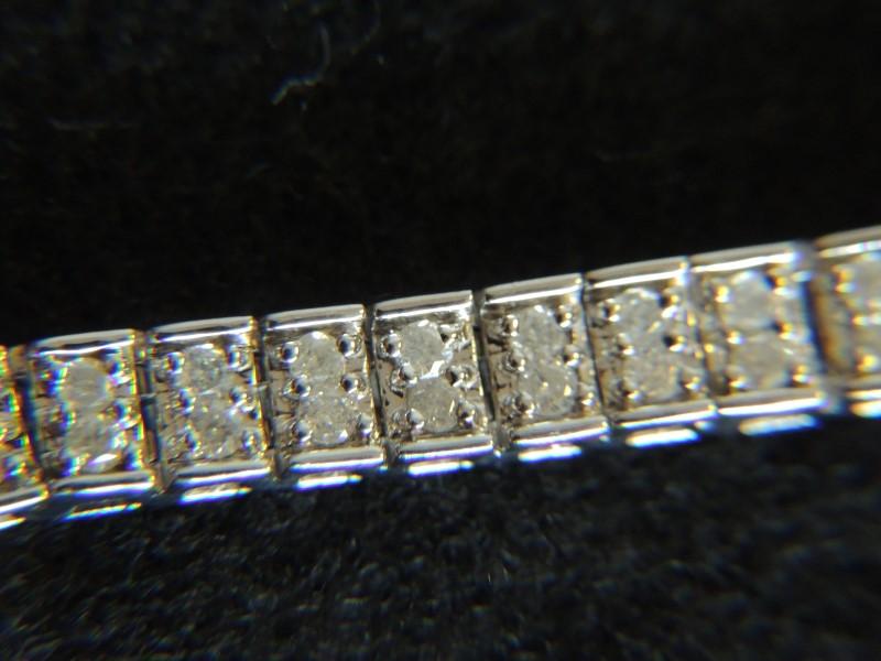 Gold-Diamond Bracelet 120 Diamonds 1.20 Carat T.W. 14K White Gold 13.7g