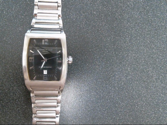 KENNETH COLE Gent's Wristwatch P93-06