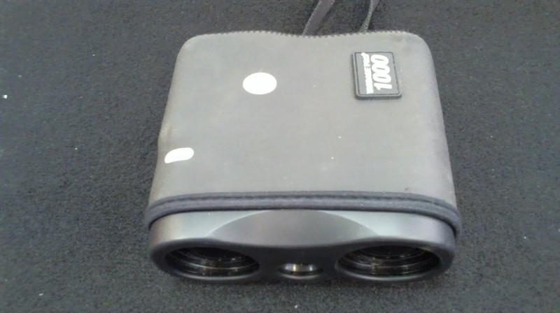 BUSHNELL Binocular/Scope YARDAGE PRO 1000