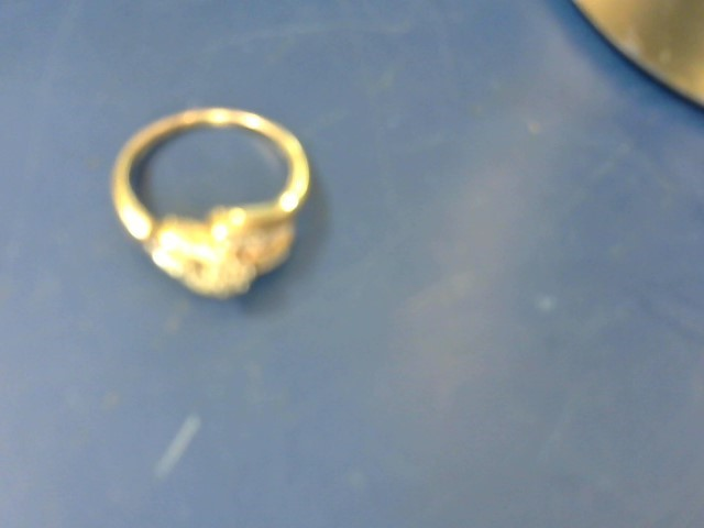 Lady's Diamond Cluster Ring 22 Diamonds 1.10 Carat T.W. 10K Yellow Gold 4g