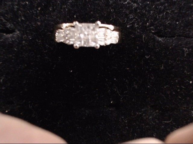 Lady's Diamond Cluster Ring 29 Diamonds .85 Carat T.W. 14K Yellow Gold 4.7g