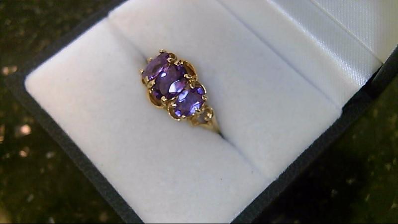 10K Yellow Gold Oval Cut Amethyst Ring