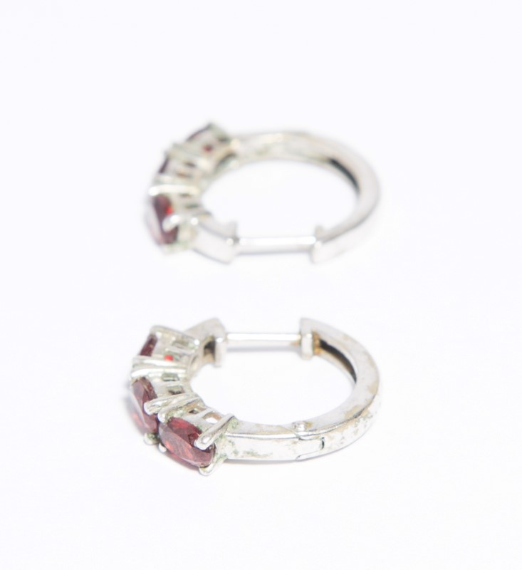 Synthetic Almandite Garnet Silver-Stone Earrings 925 Silver 4.3g