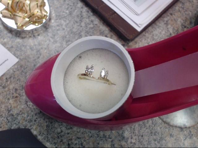 Lady's Diamond Wedding Band 4 Diamonds .40 Carat T.W. 14K Yellow Gold 1.55dwt