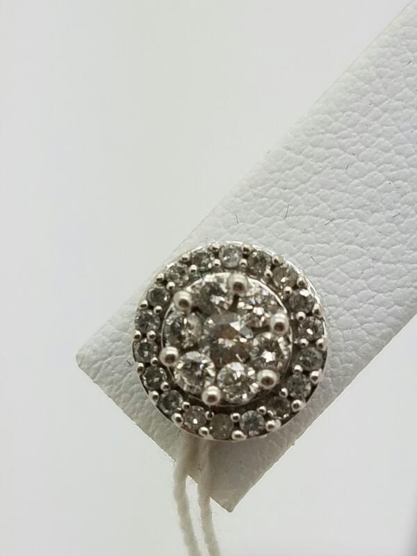 DIAMOND Gold-Diamond Earrings 20 Diamonds .20 Carat T.W. 10K White Gold 0.5dwt