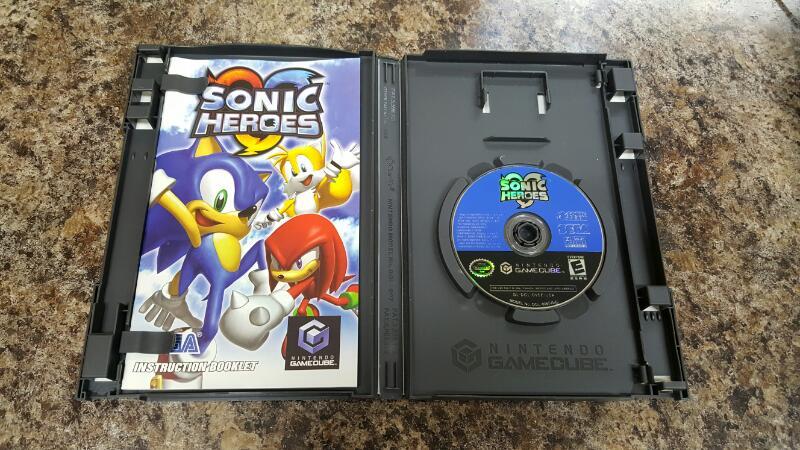Sonic Heroes (Nintendo GameCube, 2004)