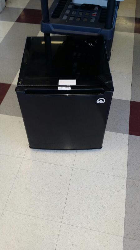 IGLOO Refrigerator/Freezer FR1001
