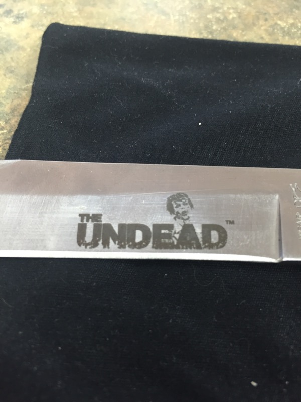 BEAR OPS Pocket Knife THE UNDEAD