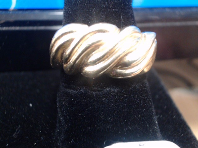 Lady's Gold Ring 14K Yellow Gold 7.5g