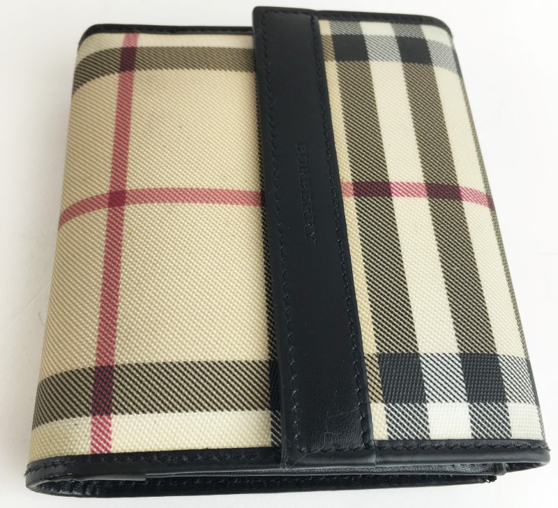 BURBERRY LOGO BIFOLD WALLET CLUTCH