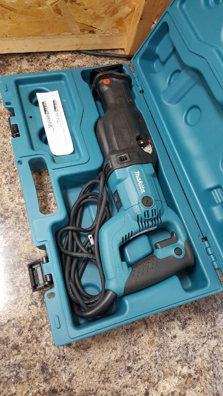 Makita JR3060T Corded Reciprocating Saw