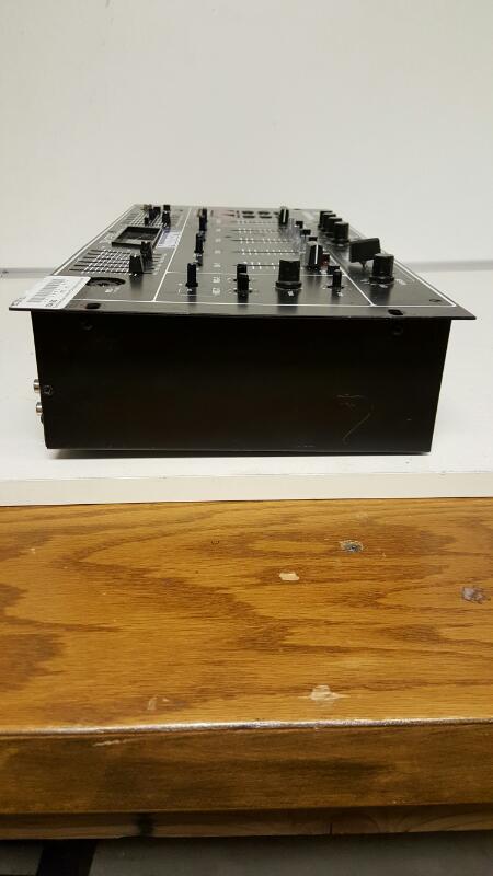 Numark DM1235 Mixing board beatkeeper