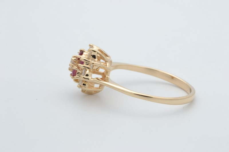 ESTATE DIAMOND RUBY RED RING SOLID 14K GOLD FLOWER CLUSTER SIZE 6.75