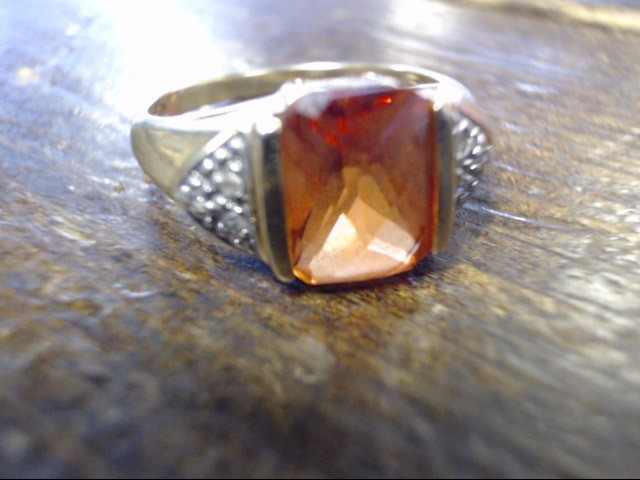 Synthetic Agate Lady's Stone & Diamond Ring 6 Diamonds .06 Carat T.W.