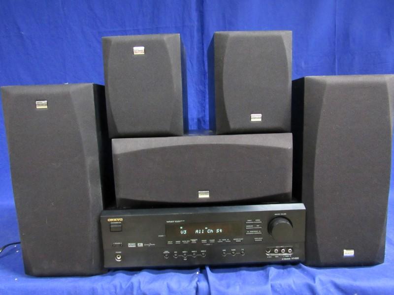 ONKYO HT-R500 SOUND SYSTEM