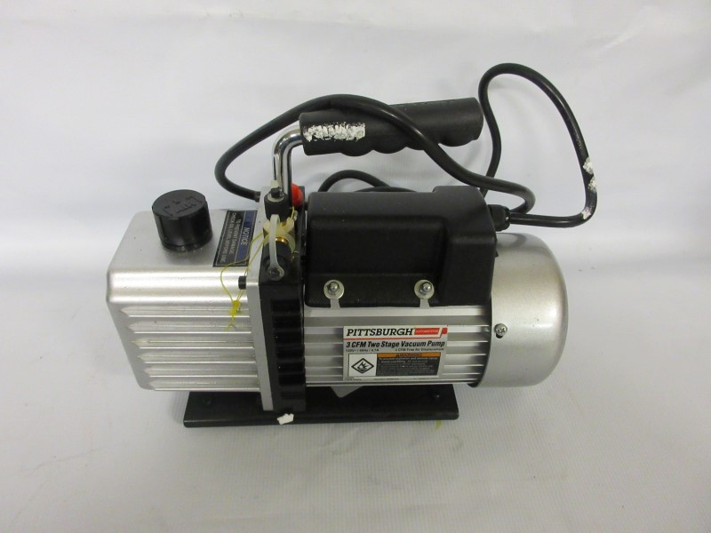 PITTSBURGH AUTOMOTIVE 3 CFM VACUUM PUMP