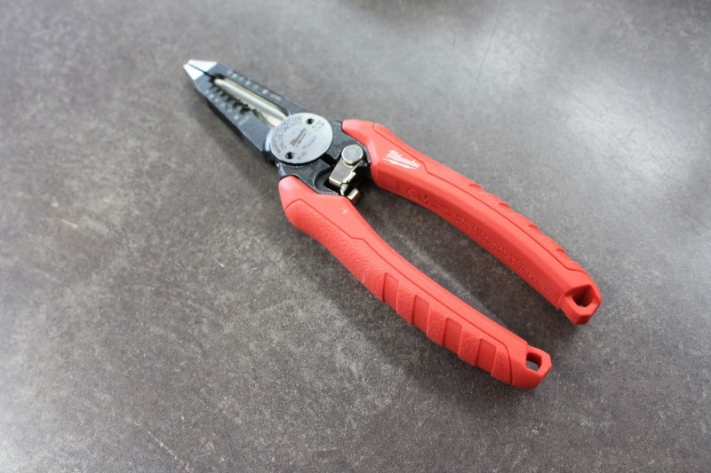 MILWAUKEE Pliers 48-22-3079
