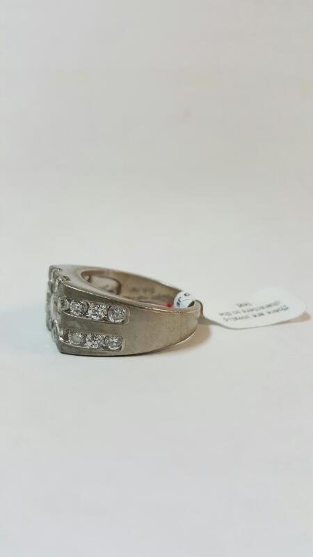 LARGE MAN'S NICKEL SILVER RING WITH MULTIPLE CLEAR STONES, SIZE 10.75