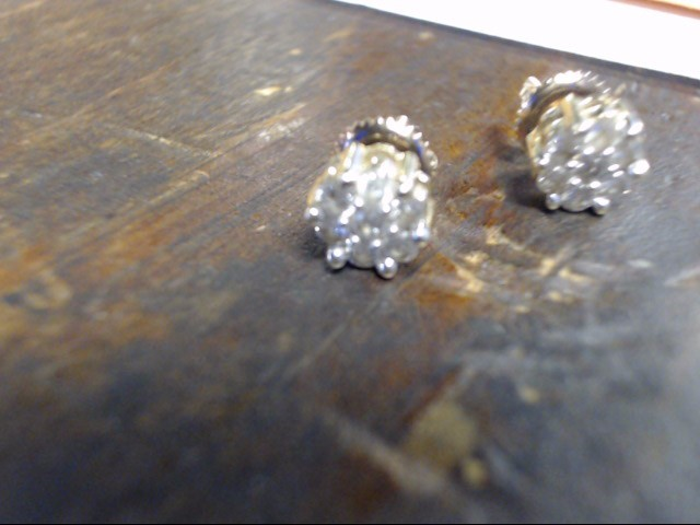 Gold-Diamond Earrings 14 Diamonds .28 Carat T.W. 14K Yellow Gold 1.7g