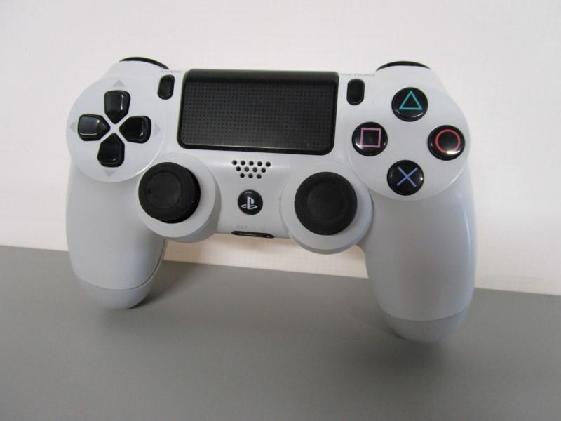 SONY PLAYSTATION 4 CUH-ZCT1U WIRELESS CONTROLLER