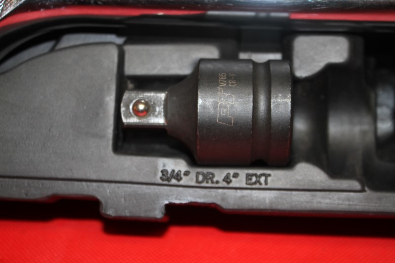 Husky 3/4 in. Drive SAE Socket Set 14-Piece socket wrench **missing 2**