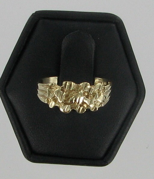 Lady's Gold Ring 10K Yellow Gold 1.3dwt