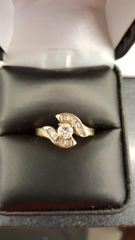 Gent's Diamond Solitaire Ring 19 Diamonds .38 Carat T.W. 14K Yellow Gold 3.6g