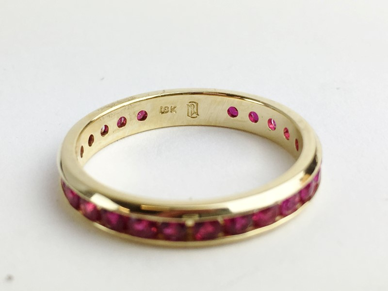 Ruby Channel Set Band 18K Yellow Gold 2.8g Size 7