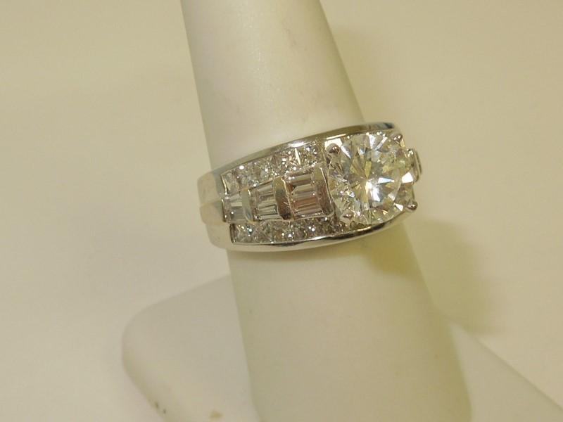 Lady's Diamond Engagement Ring 35 Diamonds 5.93 Carat T.W. 14K White Gold 12.8g