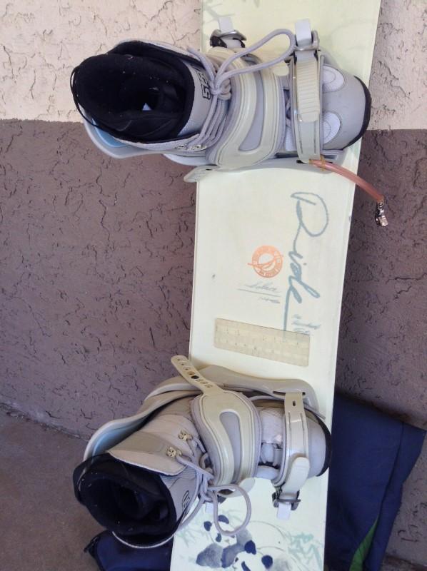 DAKINE Snowboard RIDE SOLACE