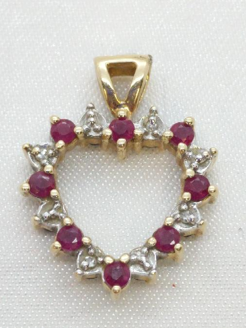 Almandite Garnet Gold-Diamond & Stone Pendant 8 Diamonds .08 Carat T.W.