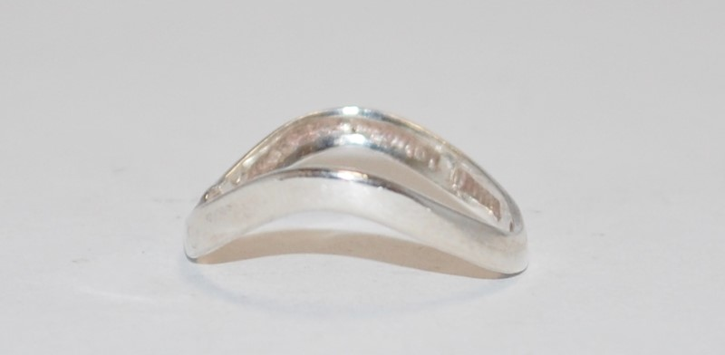 Unisex Sterling Silver Swoop Ring Size:9.2