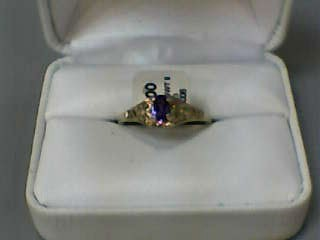 Amethyst Lady's Stone Ring 14K Yellow Gold 2dwt Size:9