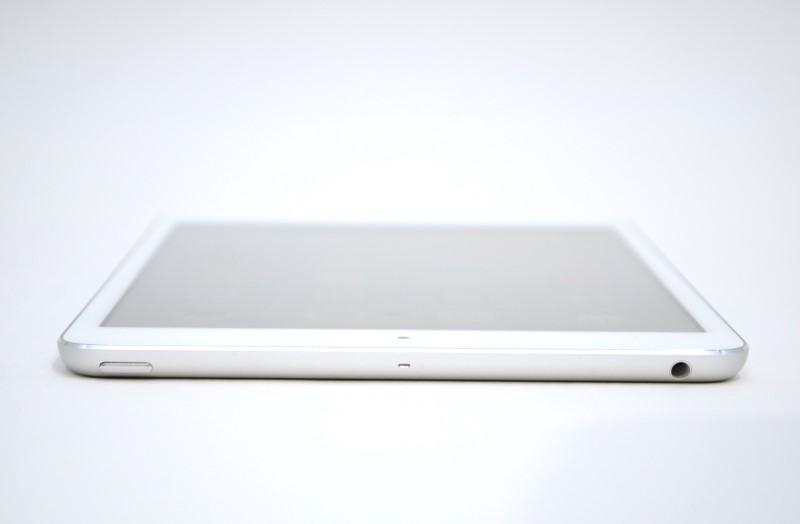 """^ Apple iPad Mini 1st Gen MD531LL/A 7.9"""" 16GB Wi-Fi-Silver"""