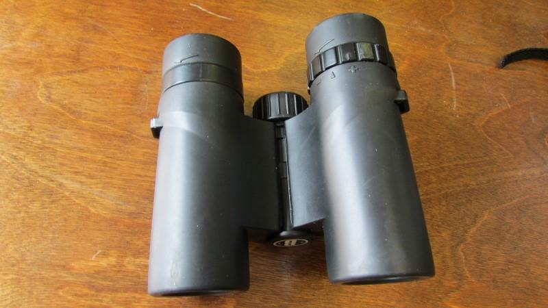 BUSHNELL Binocular/Scope 10X25 MINI BINOCULAR