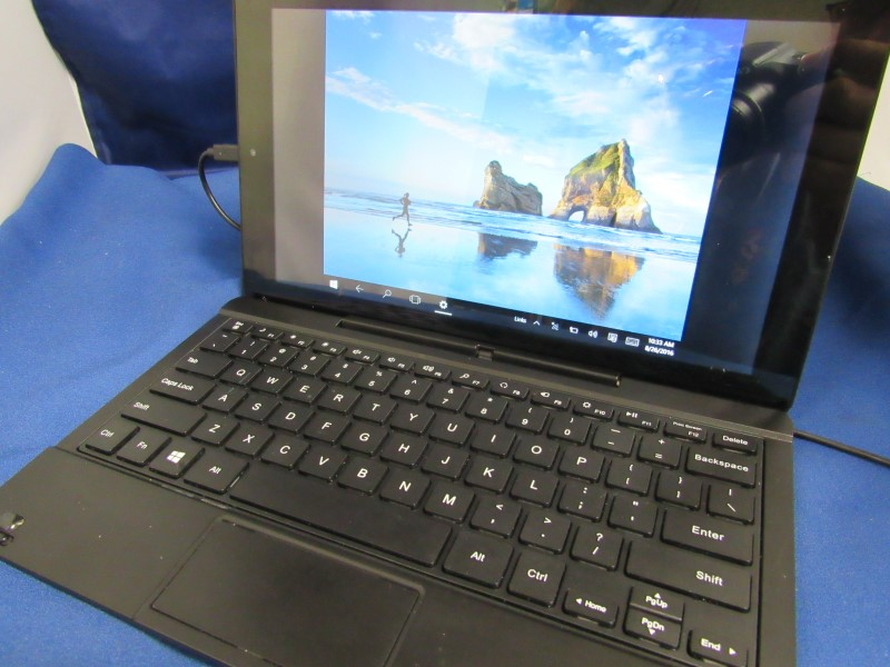 RCA CONVERTIBLE TABLET W1162