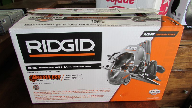RIDGID TOOLS Circular Saw R8653B