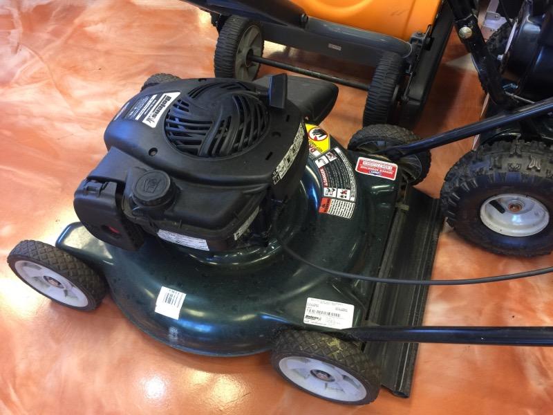 BOLENS Lawn Mower 11A-020W765