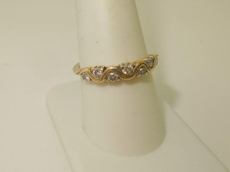 LADY'S DIAMOND FASHION RING: 3.3G 14K-Y/G