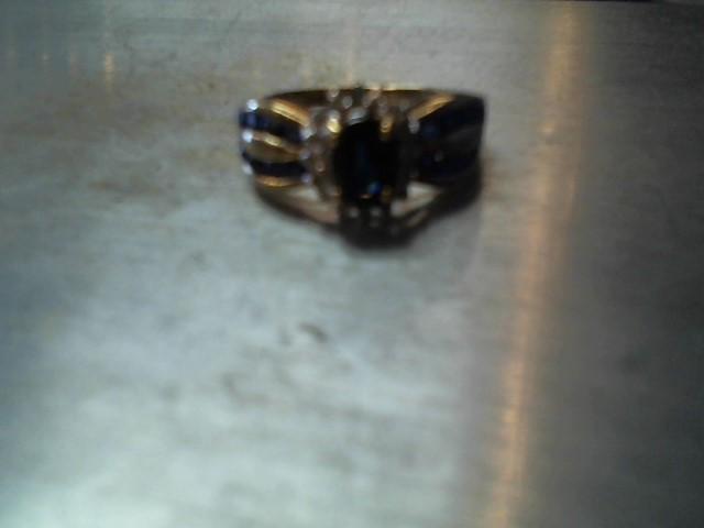 Gold-Diamond Scrap 14 Diamonds .14 Carat T.W. 10K Yellow Gold 3.5g