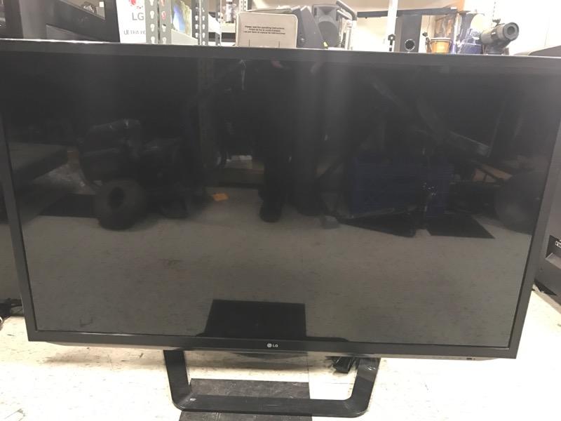 LG Flat Panel Television 55LM6200