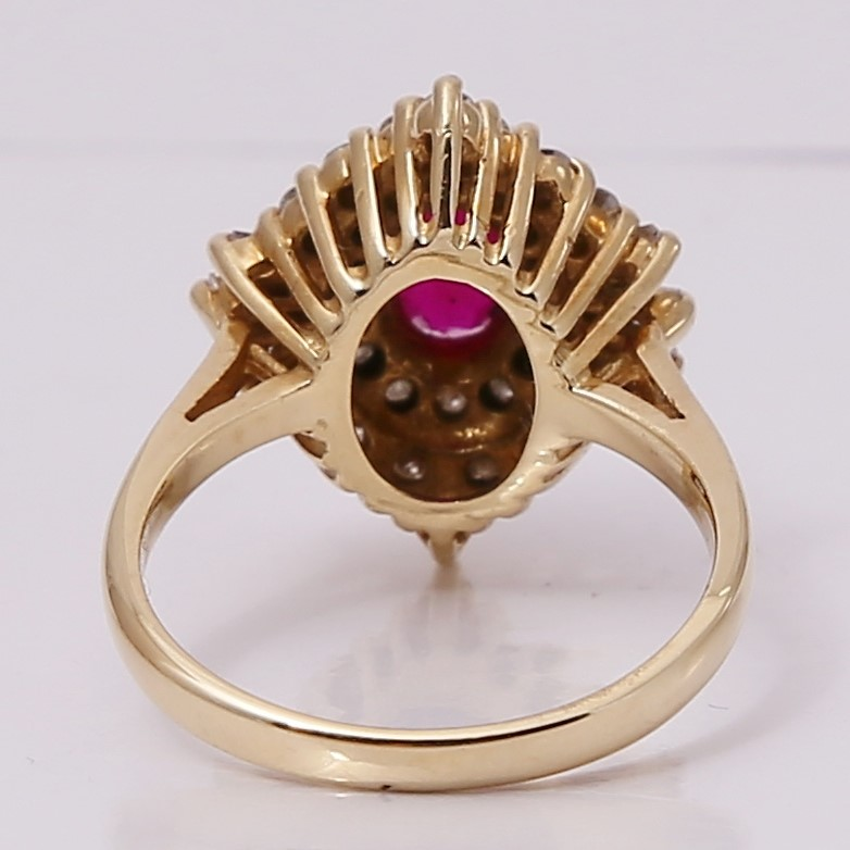 14K Yellow Gold Oval Cut Ruby & Accented Diamond Ring Size 5.5