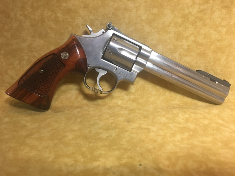 """Smith & Wesson 686 (No Dash) 357Mag 6"""" Target Revolver - Stainless"""