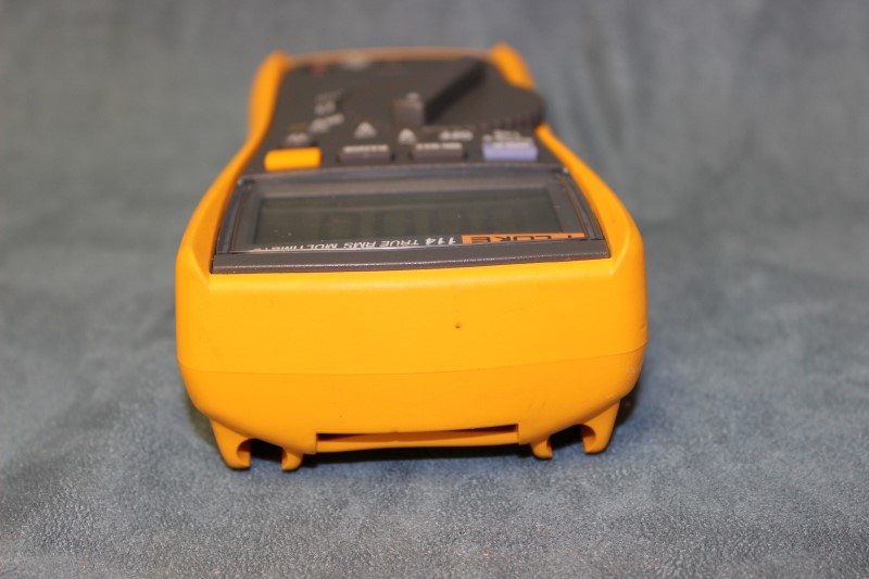 Fluke 114 TRUE RMS Multimeter